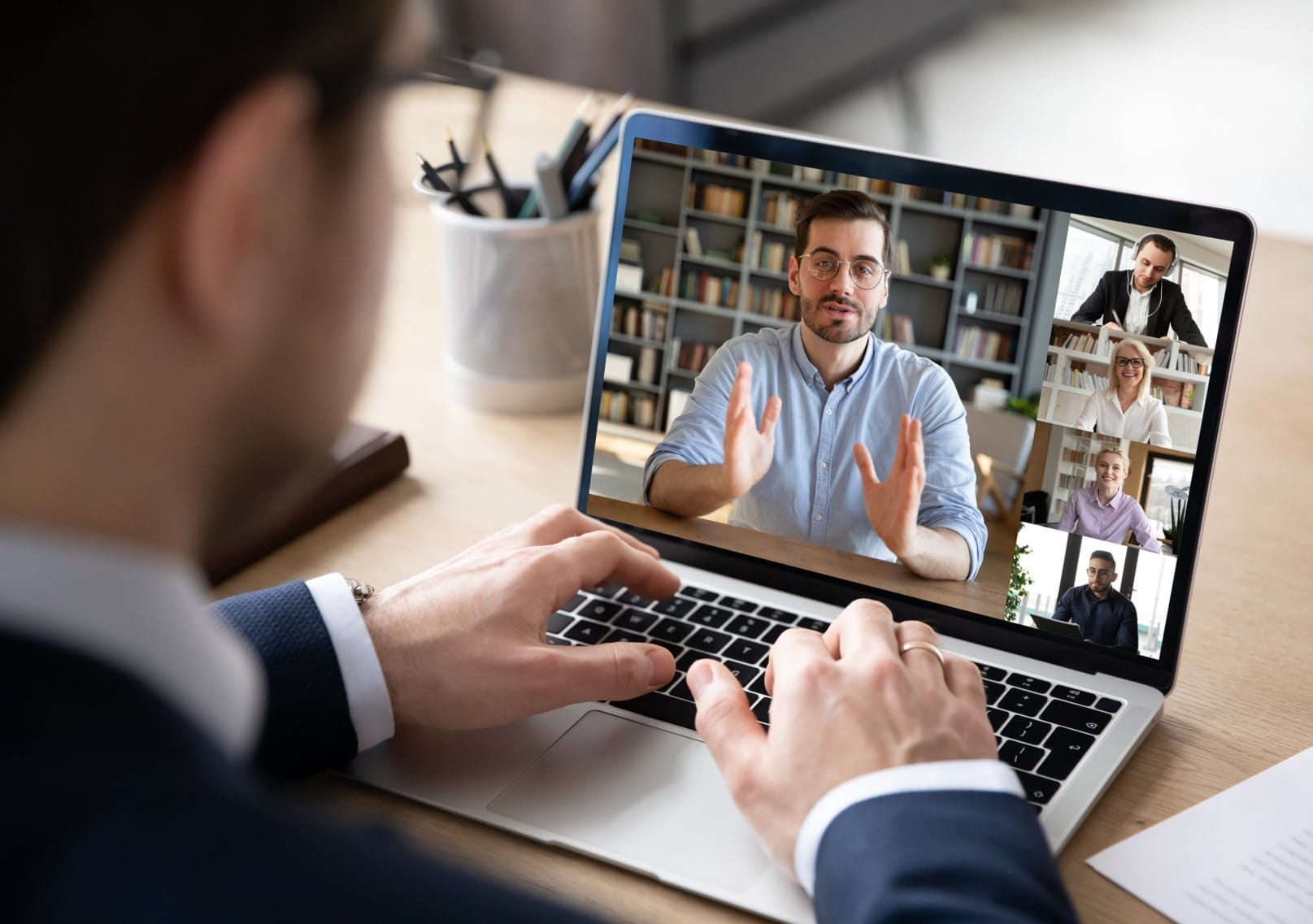 Online training course on video conferencing